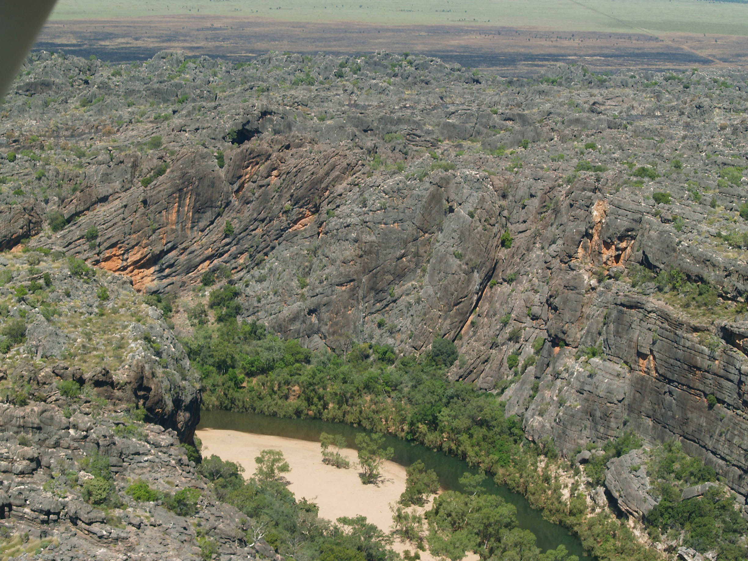 Napier Range, Pillara Limestone collapse scarp, reefal-slope and fore-reef at Windjana Gorge